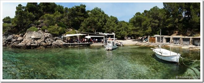 Cala Mastella i Restaurant El Bigotes. Eivissa