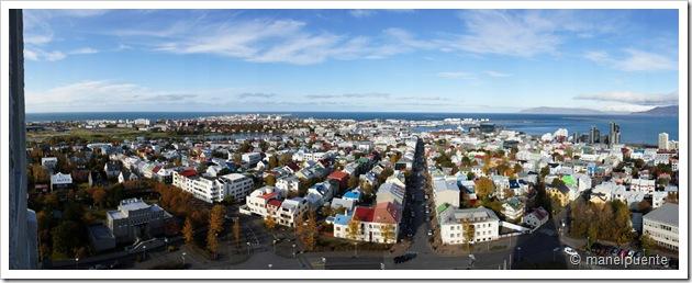 Panoràmica de Reykjavik des del mirador de l'esglèsia de Hallgrímskirkja