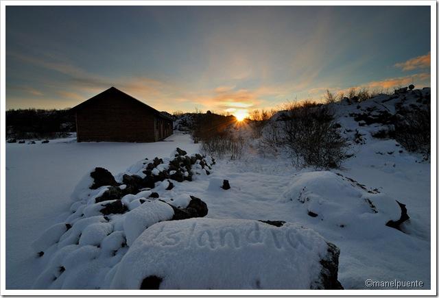 Poble de Reykjahlid. Cabanes de l'hotel-granja Vogafjos