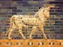 diversos animales decoran las piedras azules de la Puerta de Ishtar