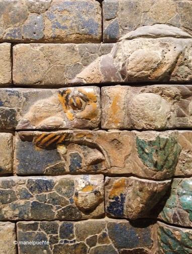 Detalle de animales que forman el relieve de la Puerta de Ishtar