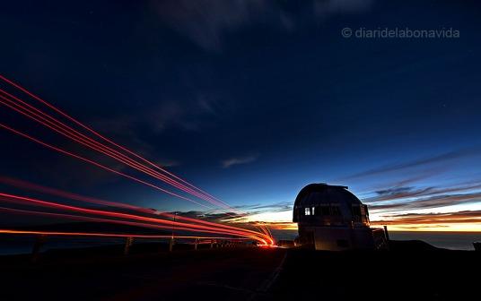 Telescopios en la cima del Mauna Kea. Big Island.