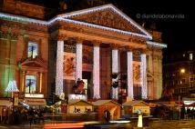 La Bourse, decorada amb il.luminació nadalenca