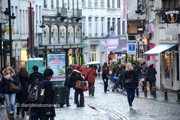 La popular Rue du Marché-aux-herbes