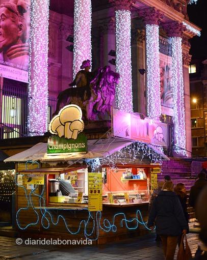 La decoració nadalenca envaeix la ciutat