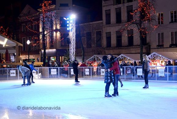 Una gran pista de gel era l'atracció principal