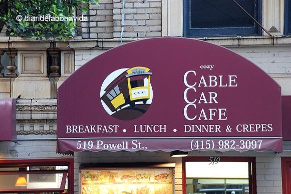 Fins i tot podem dinar al Café Cable Car