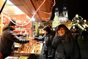 --Mercat de Nadal a la Plaça Vella de Praga. Staroměstské náměstí